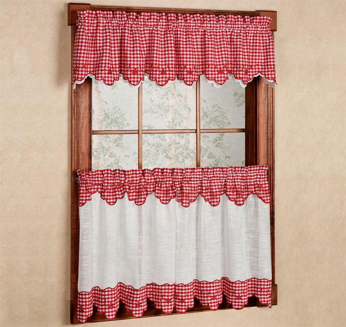 Короткие классические шторы