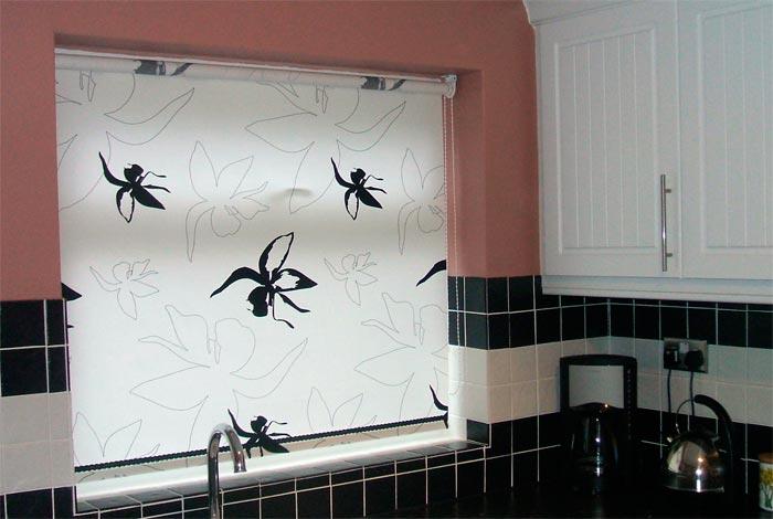 Черно-белый светлые шторы