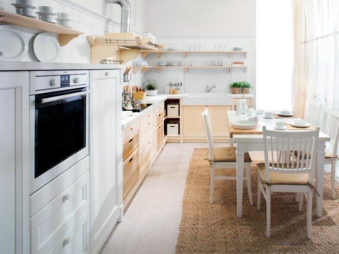 Посуда и полки