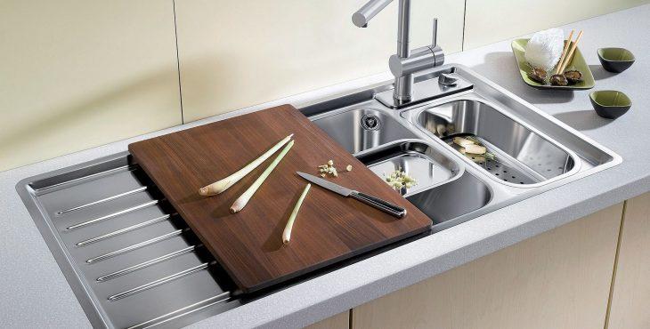 Кухонная мойка с двойной раковиной