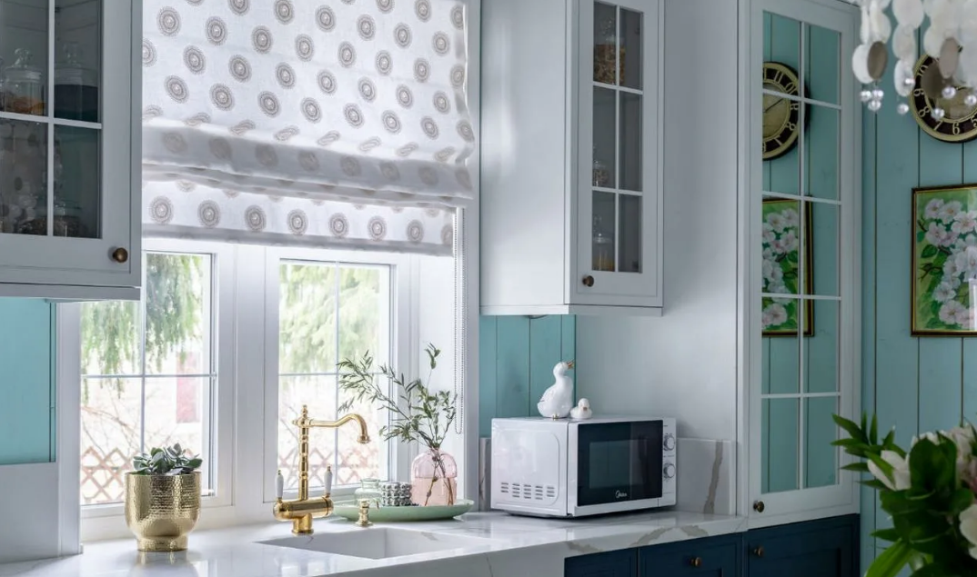Новинки современного дизайна штор для кухни
