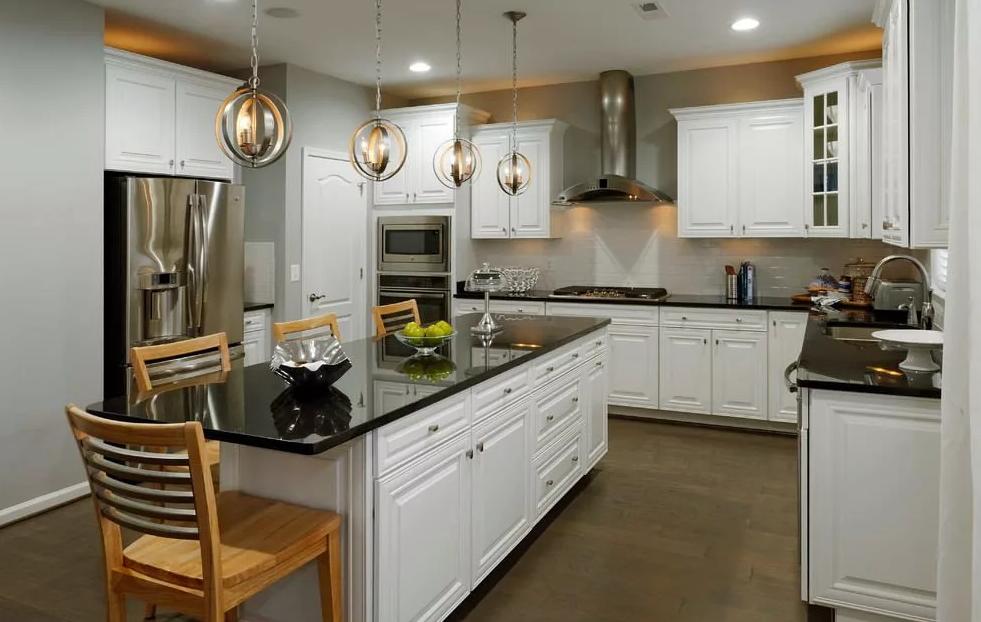 Лучшие идеи для белой глянцевой кухни с черной столешницей (60+ фото)